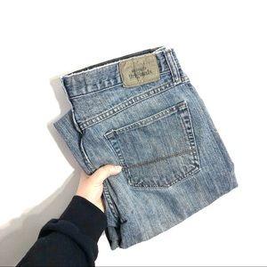 Wrangler Originals Straight Fit Light Wash Jeans